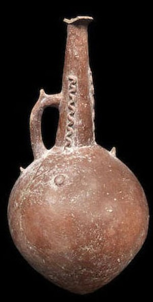 Large flagon