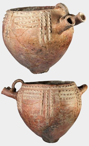 very large bowl with double spout (Red Polished III Ware)