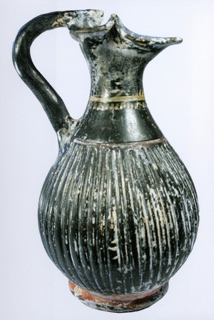 oinochoe jug  (Gnathian, South Italian colonies)