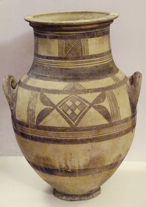 Huge Bichrome amphora